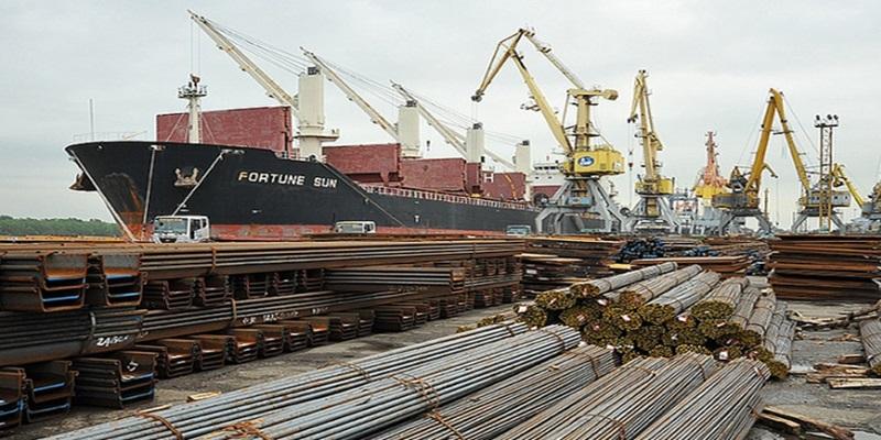 Xuất nhập khẩu sắt thép